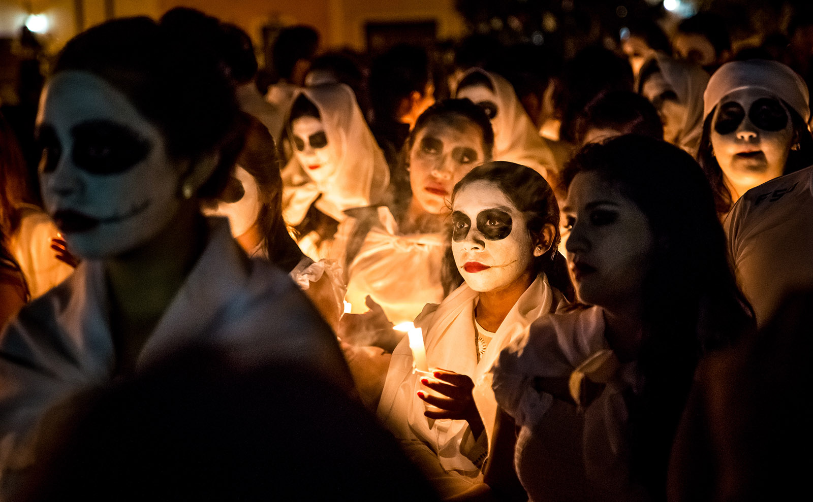 Day of the Dead, Literary Destinations, Budapest Inspiration & More: Endnotes 30 October