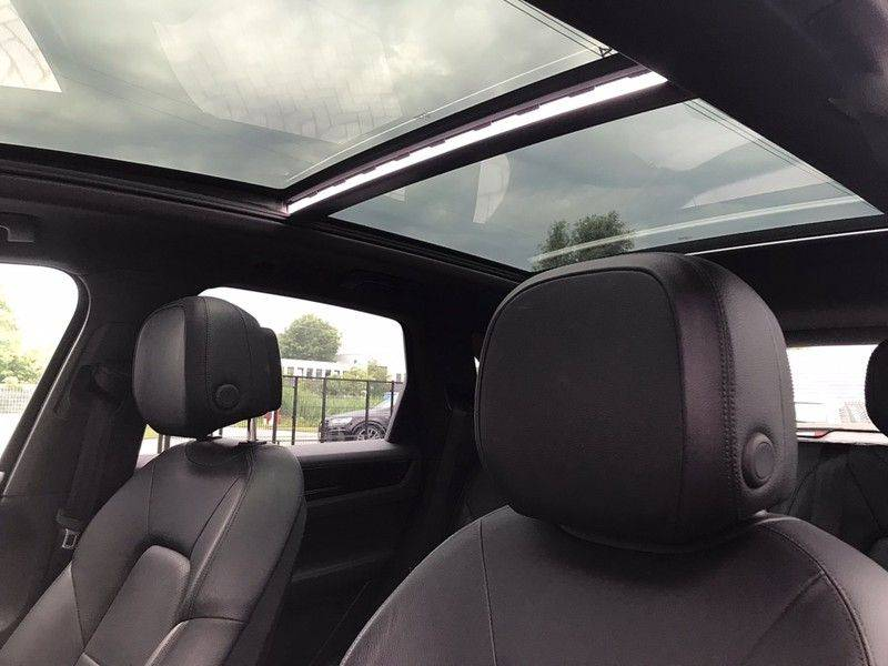Porsche Cayenne 3.0 340PK, Pano, Luchtvering, 360* Camera, Keyless, Soft-Close, Lane Assist, PDLS, PASM, Trekhaak, 21INCH, BTW! afbeelding 13