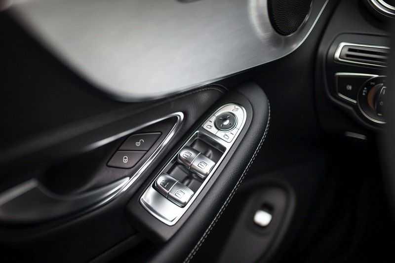 Mercedes-Benz C-Klasse Cabrio 180 Premium *AMG-Line / Airscarf / Keyless Go* afbeelding 18