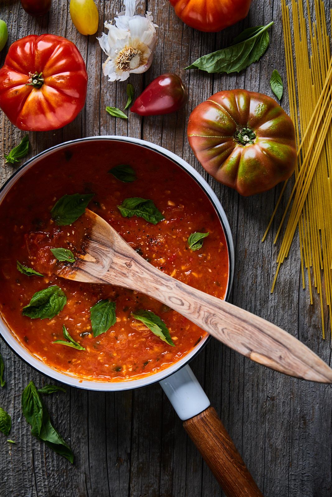 Easy Fresh Tomato Marinara