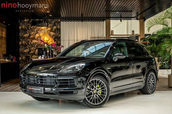 Porsche Cayenne 3.0 E-Hybrid | Panorama | Memory | 360 gradencamera | Sport Chrono | DAB