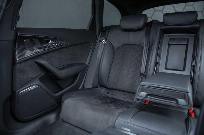 Audi RS6 Performance Pro Line Plus 4.0 TFSI quattro 605PK BTW + Keramisch + Carbon + Nardo Grey + Panoramadak + 4 nieuwe banden afbeelding 16