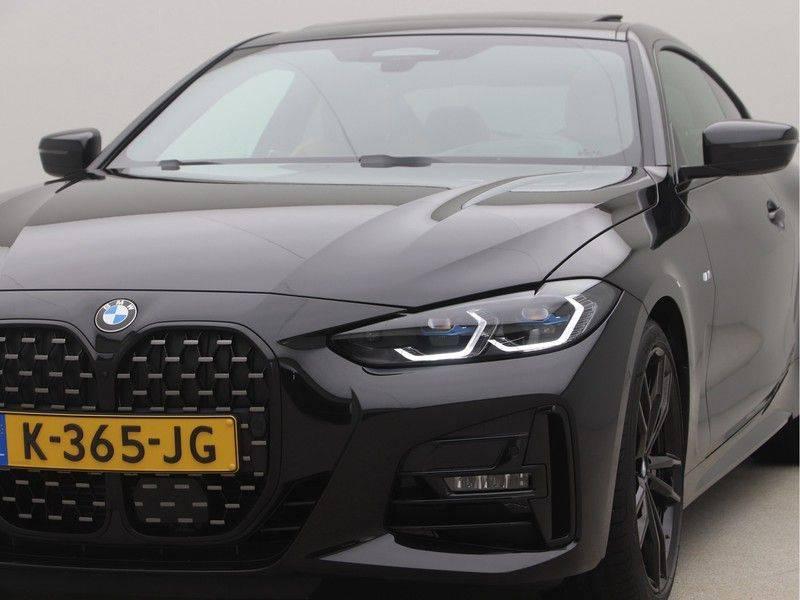 BMW 4 Serie Coupé 420i High Executive M-Sport Automaat afbeelding 23