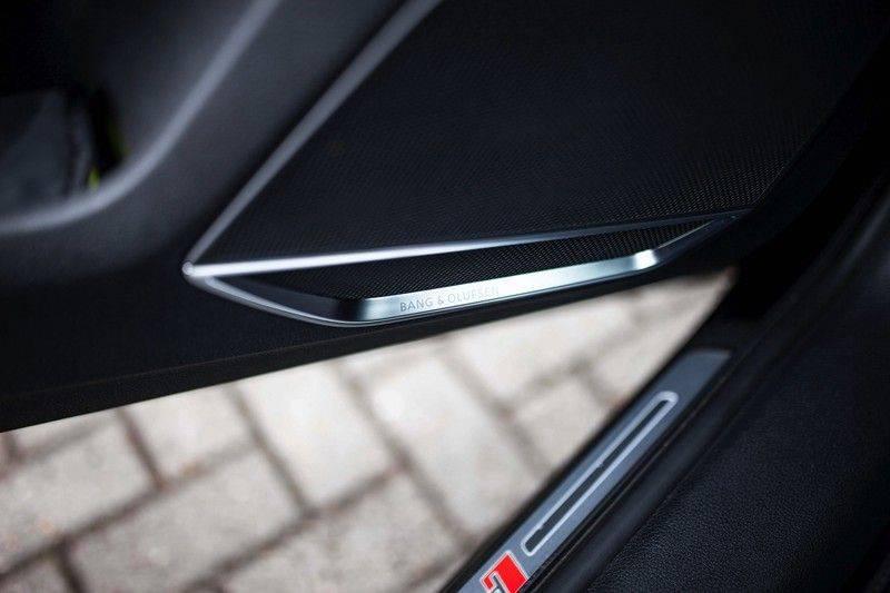 Audi RS Q3 2.5 TFSI Quattro *B&O / Pano / ACC / RS Sportstoelen / Sportuitlaat / Trekhaak* afbeelding 24
