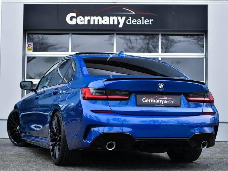 BMW 3 Serie 320d 190pk M-Performance Dak Laser HUD El-Memo Standk DA HiFi Keyless Live-Cockpit afbeelding 3