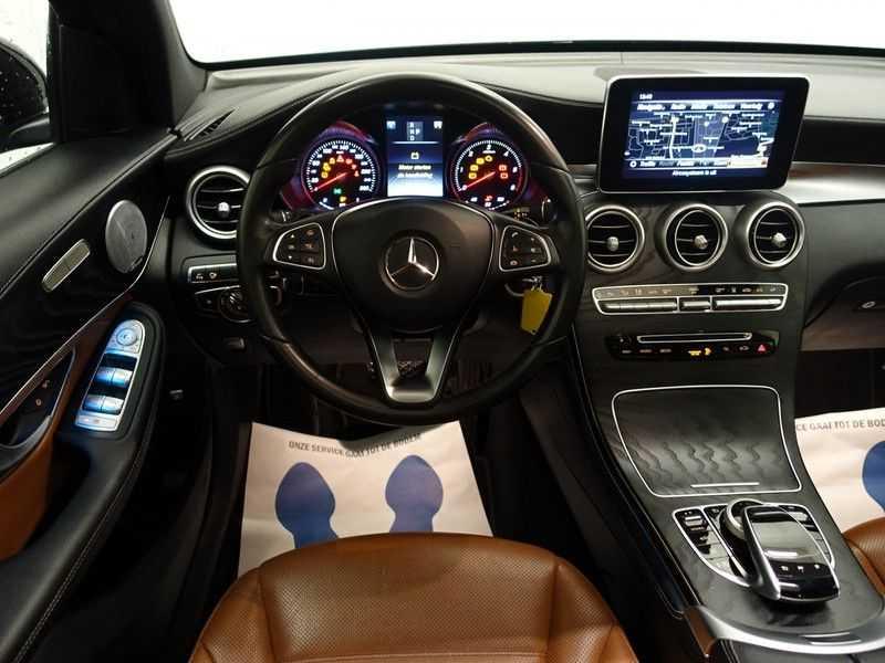 Mercedes-Benz GLC 250D 4MATIC 240PKpk 9G-Tronic AMG Edition- Panodak, Burmester, Leer afbeelding 3