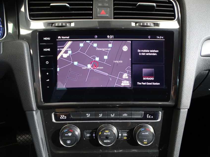 Volkswagen e-Golf e-Golf MARGE! LED Navigatie Clima Cruise Warmtepomp Virtual CP Camera afbeelding 12