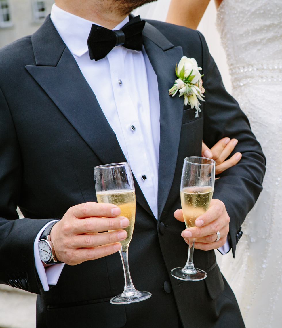 Celebrate a wedding day with Chauffeur Me luxury cars.