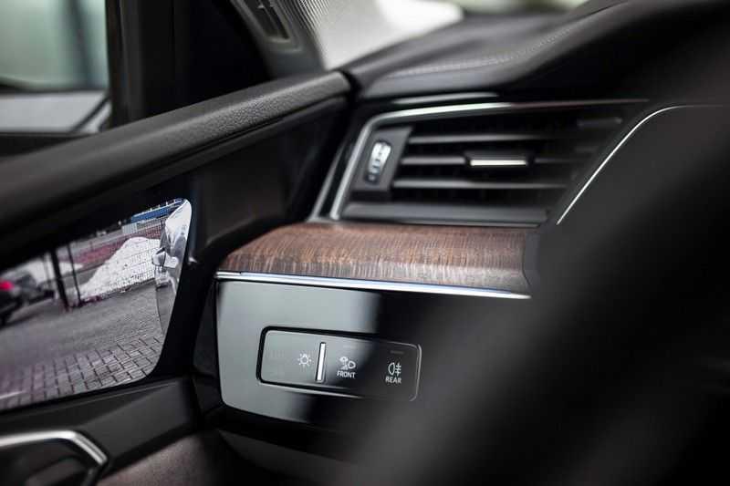 "Audi e-tron 55 Quattro *4% Bijtelling / Massage / HUD / Pano / 21"" / Hulppakket Stad & Tour* afbeelding 20"