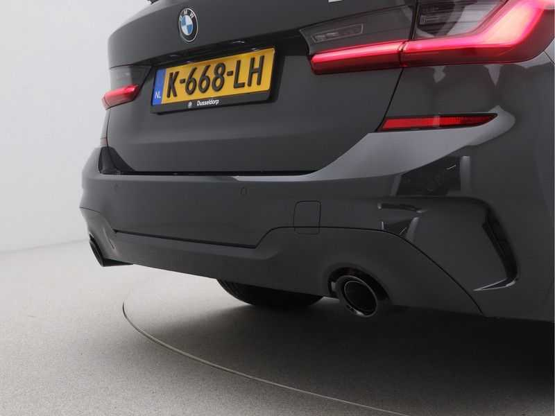 BMW 3 Serie Touring 318i High Executive M-Sport Automaat afbeelding 20