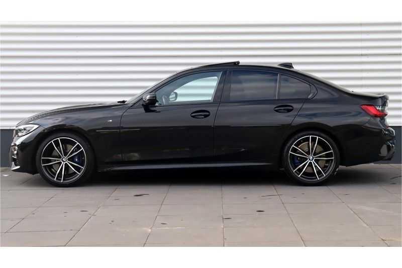 BMW 3 Serie 330i High Executive M-Sport Leder, Schuifdak, Harman/Kardon afbeelding 2