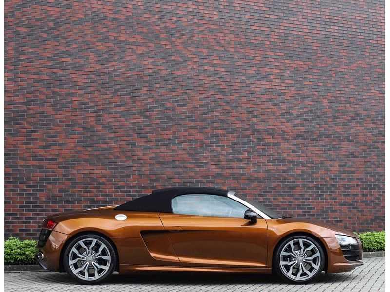 Audi R8 Spyder 5.2 V10 FSI *Magnetic Ride*B&O*Camera* afbeelding 14