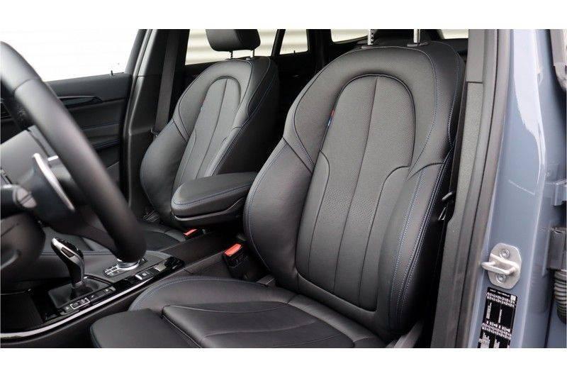 BMW X1 xDrive20i High Executive M Sport Panoramadak, Head-Up Display, Leder, Trekhaak afbeelding 15