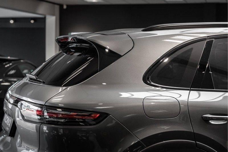 Porsche Cayenne E-Hybrid Sport Design Pakket 22 Turbo Softclose Pano Luchtvering 3.0 E-Hybrid afbeelding 8