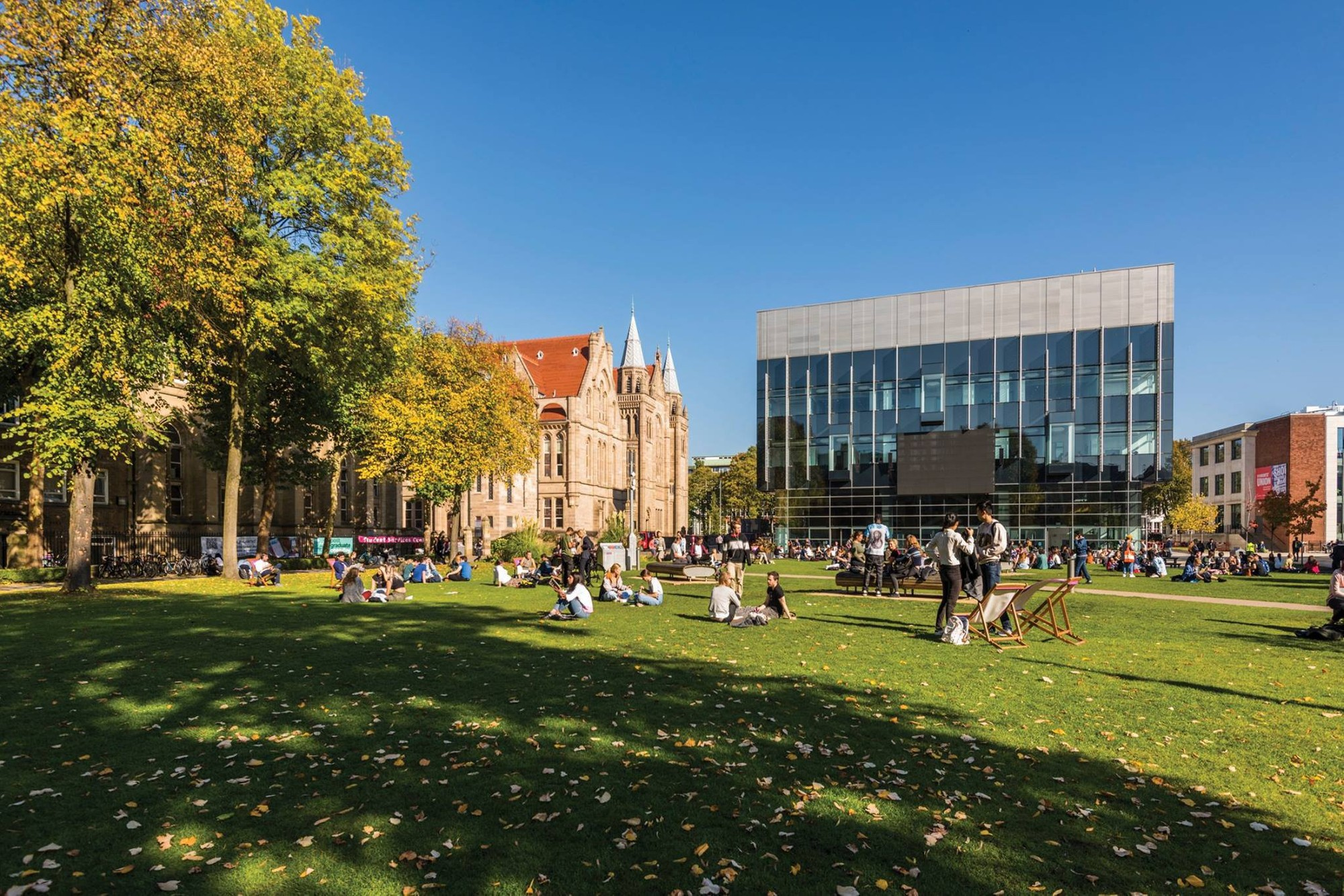 Campus and quad view with students of the University of Manchester