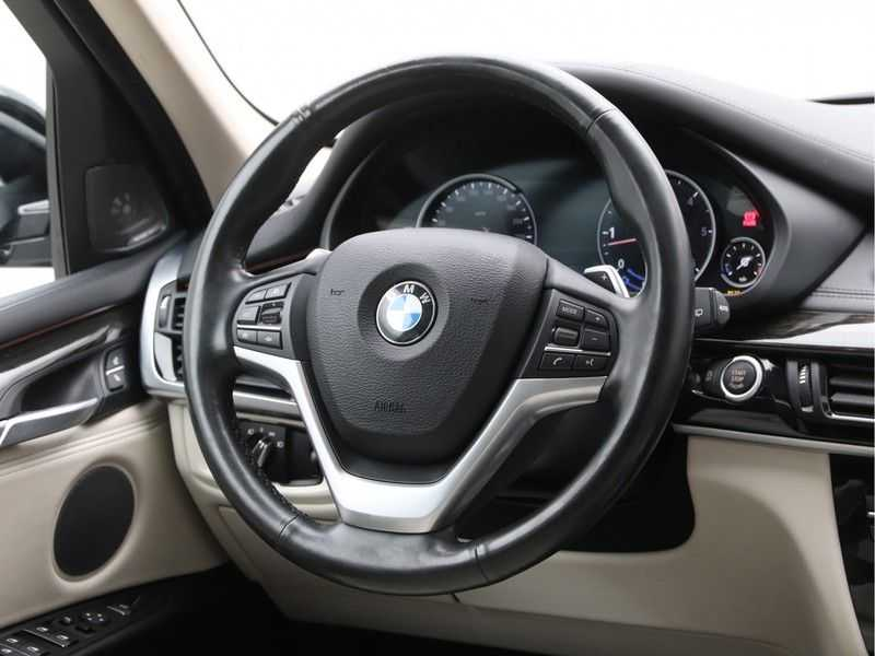 BMW X5 xDrive30d High Exe 85 Dkm afbeelding 2