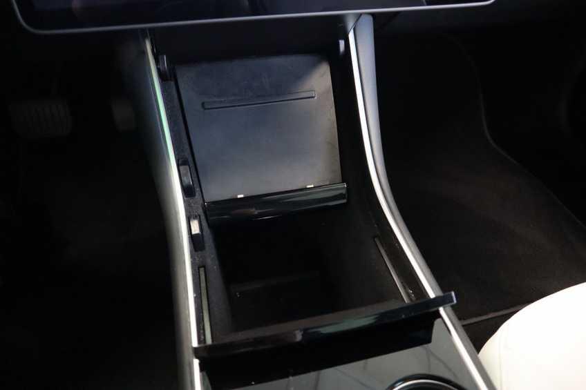 """Tesla Model 3 Long Range EX BTW 4% Bijtelling Navi Leder 18""""LM Blauw wit afbeelding 12"""