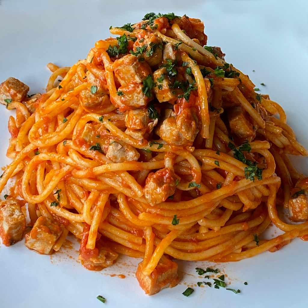 pasta: spaghetti tonno