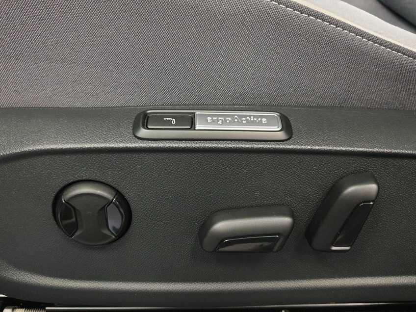 """Volkswagen ID.3 First Max 8% Bijtelling 20""""LM Panorama Massagestoelen afbeelding 23"""