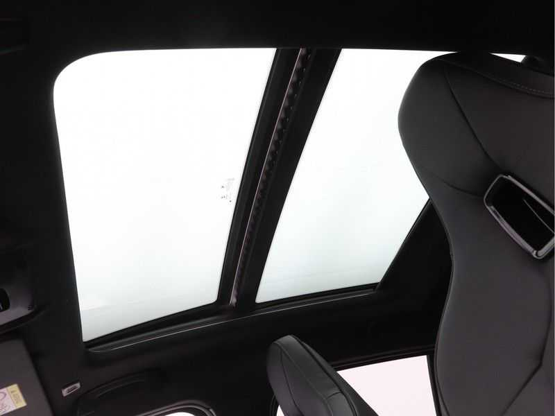 BMW 1 Serie 128ti High Exe Aut. 266 pk afbeelding 13