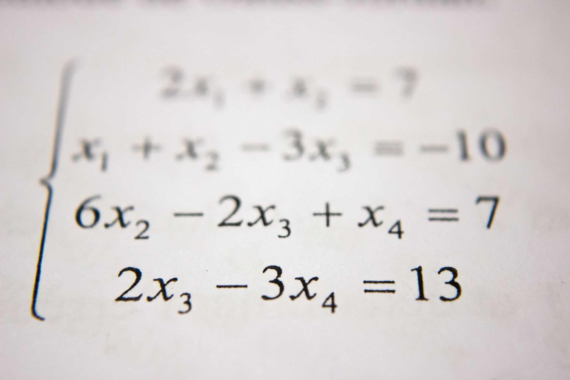 Matematica. Unde-i matematica? cover image