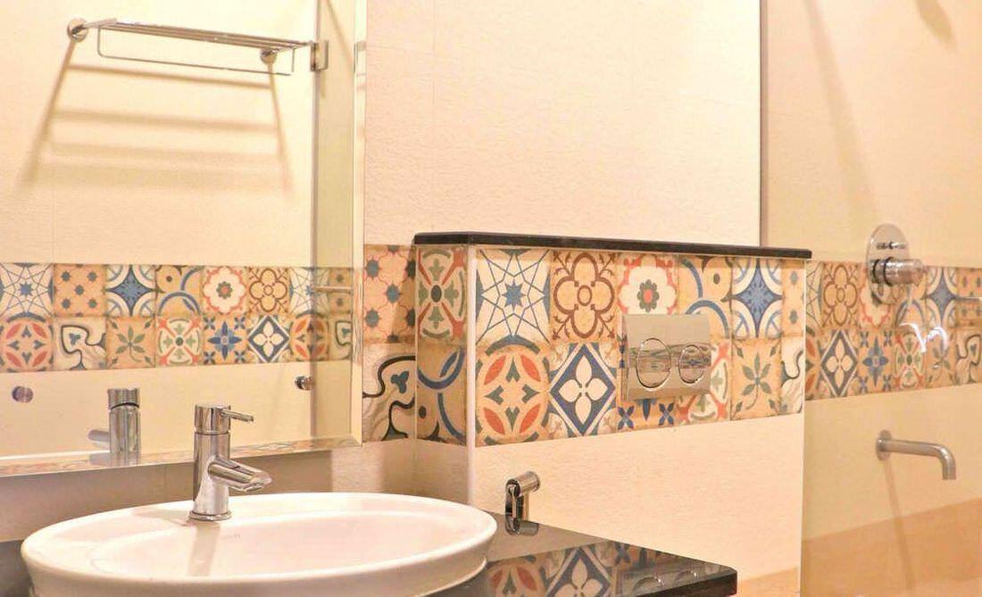 Bathroom at Streamside Marigold