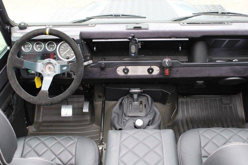 Land Rover Defender 110 Cabrio LS V8 aut. Uniek! afbeelding 14