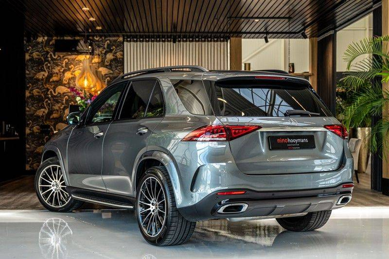 Mercedes-Benz GLE 450 4MATIC AMG   Panorama   Head-up Display   Memory   Burmester   Luchtvering   NP €140.000 afbeelding 3