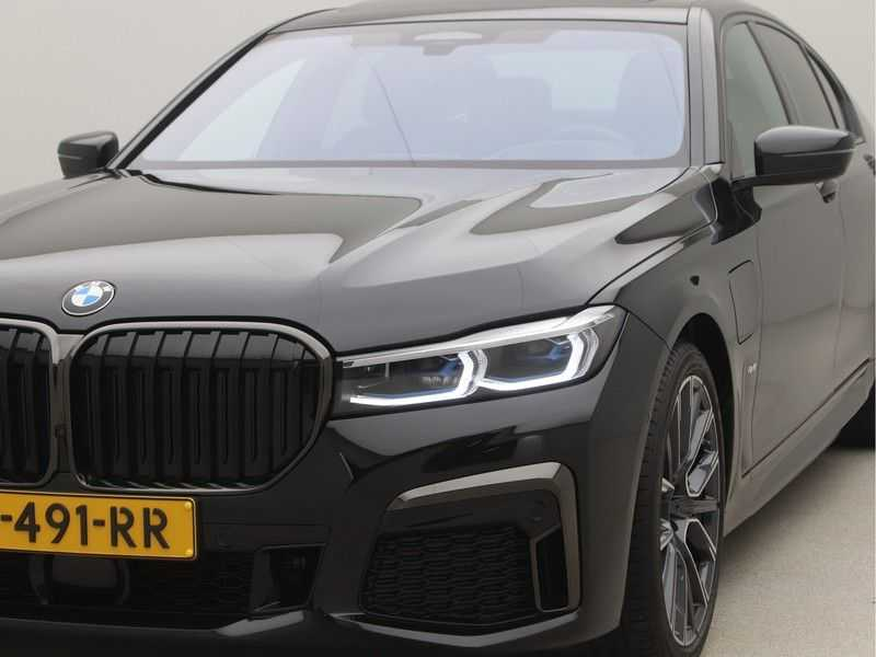 BMW 7 Serie 745e M Sport High Executive BEZICHTIGING OP AFSPRAAK afbeelding 23