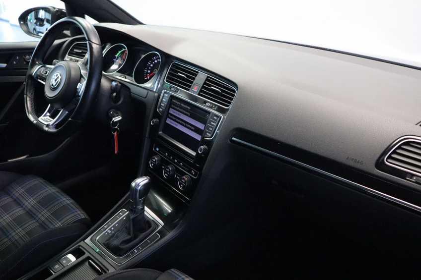 "Volkswagen Golf 1.4 TSI GTE MARGE! Navigatie ClimateControl CruiseControl 18""LM afbeelding 17"