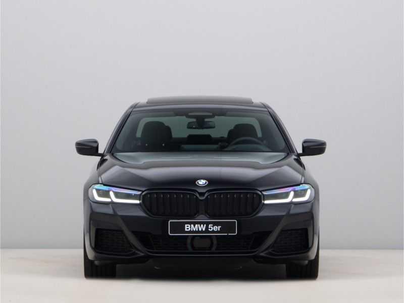 BMW 5 Serie 520e Sedan High Exe M-Sport Hybrid afbeelding 8