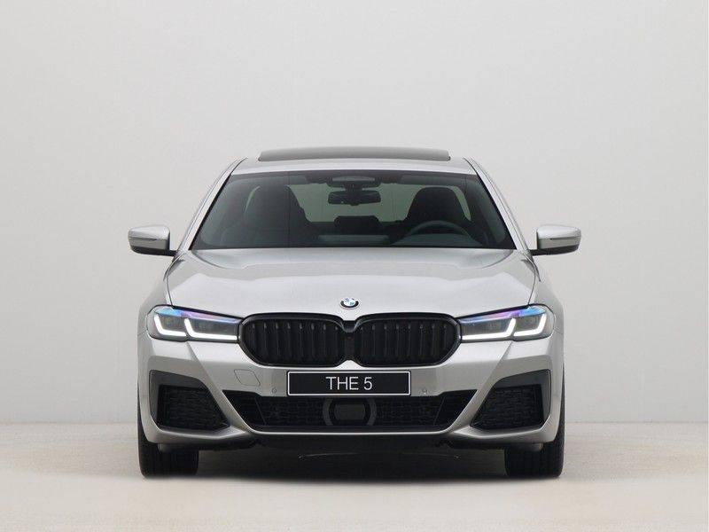 BMW 5 Serie Sedan 545e xDrive High Executive Edition afbeelding 6
