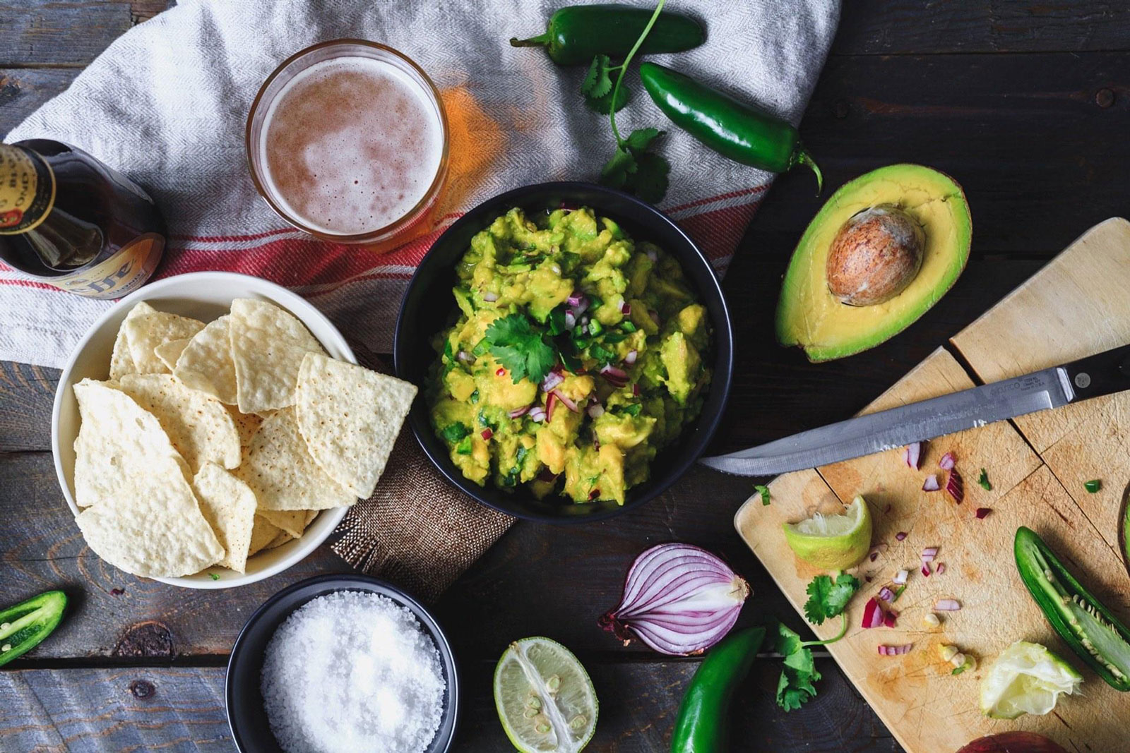 Easy To Make Fresh Guacamole