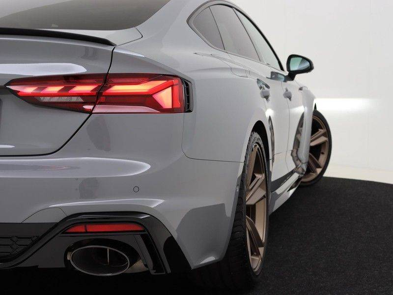 Audi RS5 Sportback 2.9 TFSI quattro | 450PK | Panoramadak | Stoelventilatie/verwarming | Bang & Olufsen | Top view camera | Matrix LED Laser | RS Sportuitlaat | 20'' inch brons | Verlengde fabrieksgarantie afbeelding 18