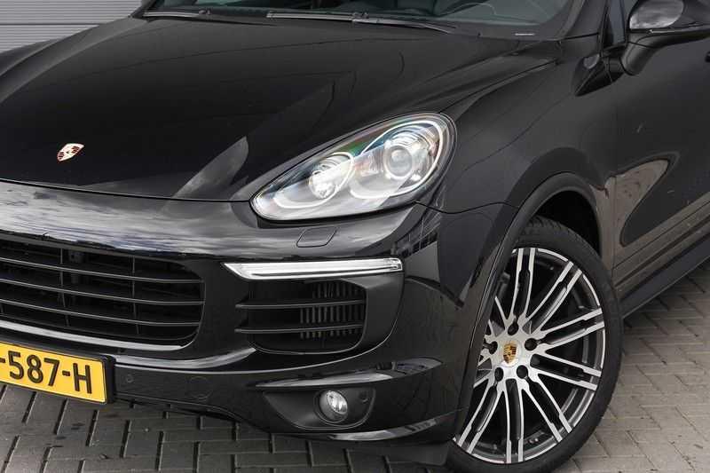"Porsche Cayenne 3.0 D Facelift Sport Design Sportchrono + stoelen Pano 21"" afbeelding 12"