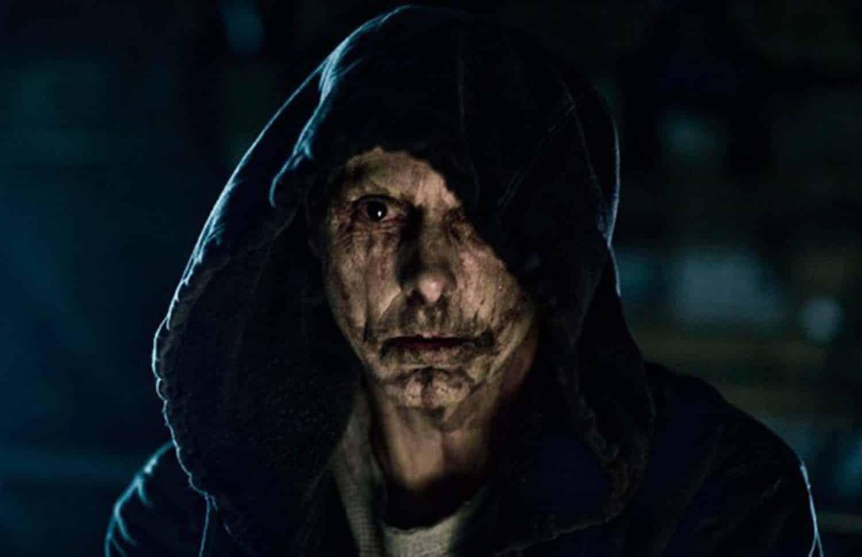 Sean Harris em Livrai-nos do Mal na Netflix