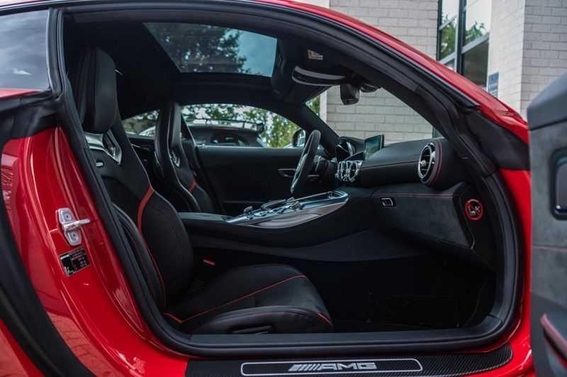 Mercedes-Benz AMG GT 4.0 S, 510 PK, Sportuitlaat, AMG Dynamic Plus, Keramiek, Schaalstoelen, DAB, Carbon, Pano/Dak, UNIEK!! afbeelding 9