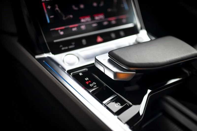 Audi e-tron 55 Quattro *Advanced / B&O / Pano / ACC / 4% Bijtelling €175,- P.M.* afbeelding 2