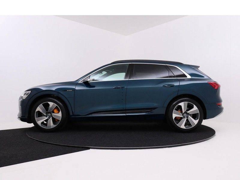 Audi e-tron 55 Quattro Incl. BTW | +/- €130 netto bijtelling| Camerabeeld spiegels | Adapt. Cruise | NAVI | Head-Up Display | 21 Inch | Matrix LED | 360 Camera | B&O | DAB | Keyless-Entry | Pano-Dak | afbeelding 6
