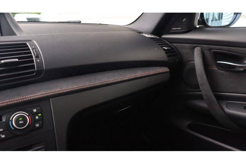 BMW 1 Serie Coupe 3.0i M Akrapovic, Harman/Kardon, Comfort Access afbeelding 14
