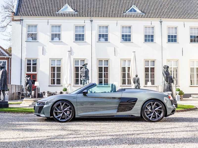 Audi R8 Spyder 5.2 performance quattro | 620PK | Magnetic Ride V10 | B&O sound | Carbon | Ceramic | Audi Exclusive | Garantie tot 07-2025* afbeelding 13