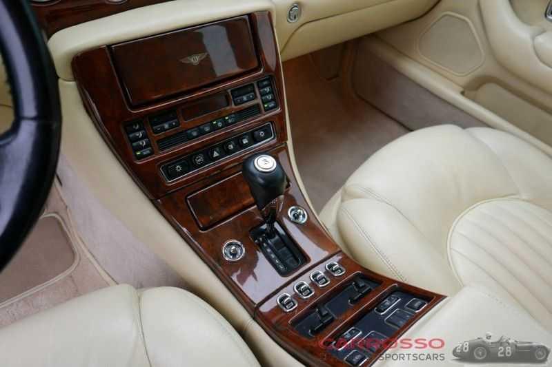 Bentley Arnage GREEN LABEL afbeelding 19