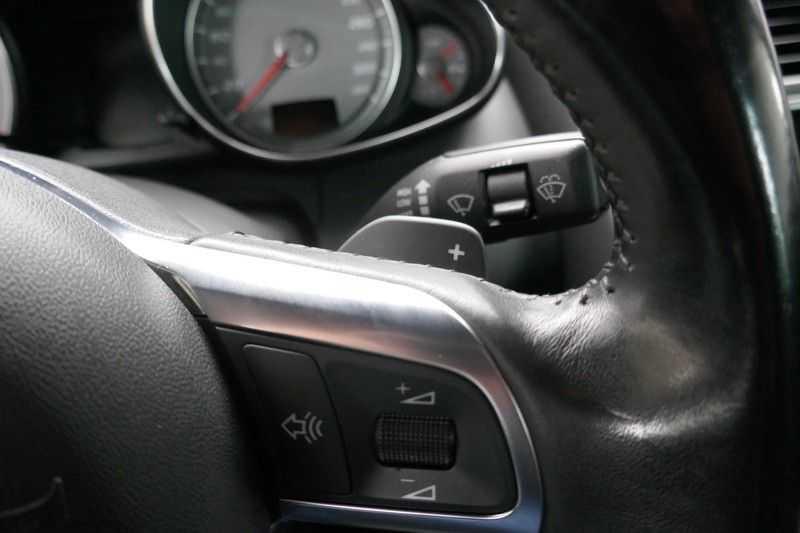 Audi R8 4.2 V8 FSI Quattro Black Edition afbeelding 21