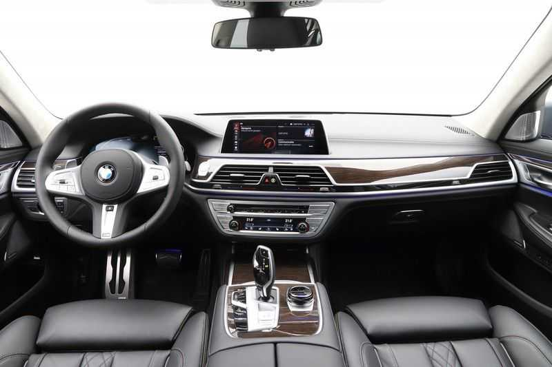 BMW 7 Serie 730d M-Sport High Executive afbeelding 5