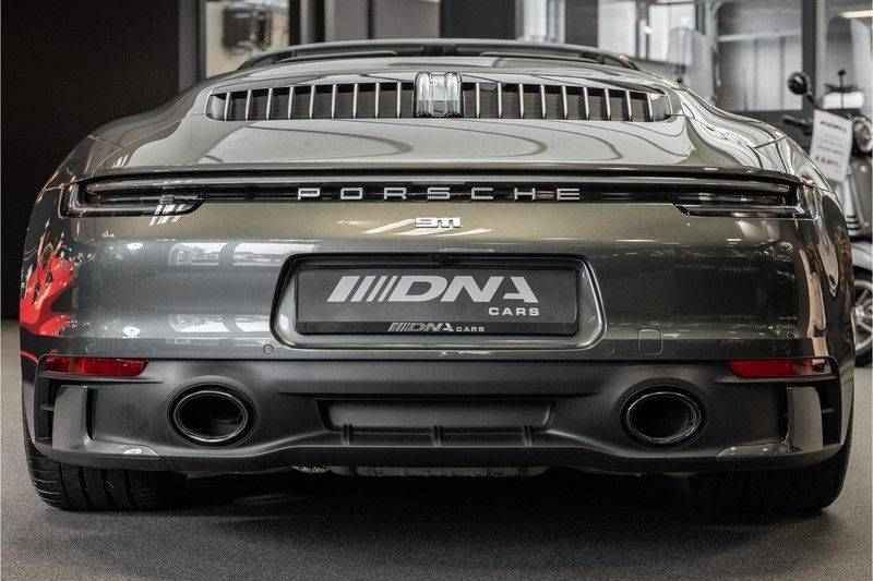 Porsche 911 992 4S Cabrio Unieke Kleurstelling Sport Design Pakket Matrix Carbon 3.0 Carrera 4 S afbeelding 4