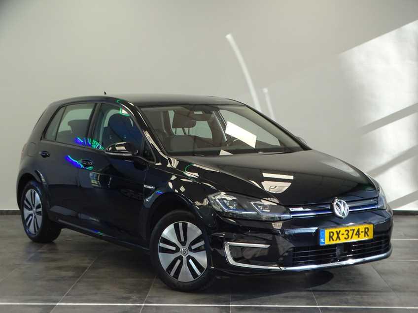Volkswagen e-Golf e-Golf MARGE! LED Navigatie Clima Cruise Warmtepomp Virtual CP Camera afbeelding 1