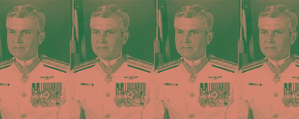 vice admiral james b. stockdale in uniform