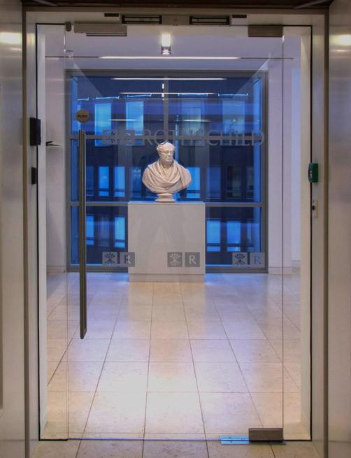Rothschild : Manchester