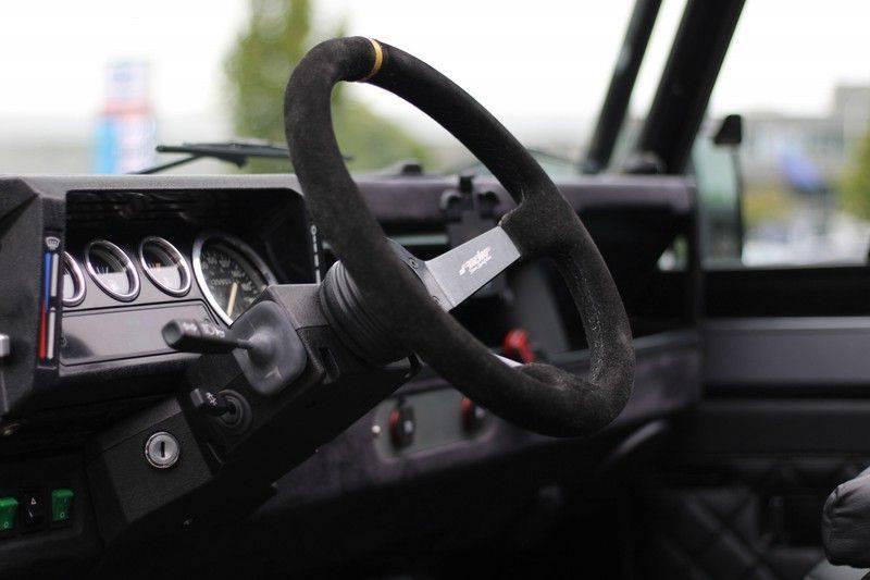 Land Rover Defender 110 Cabrio LS V8 aut. Uniek! afbeelding 3
