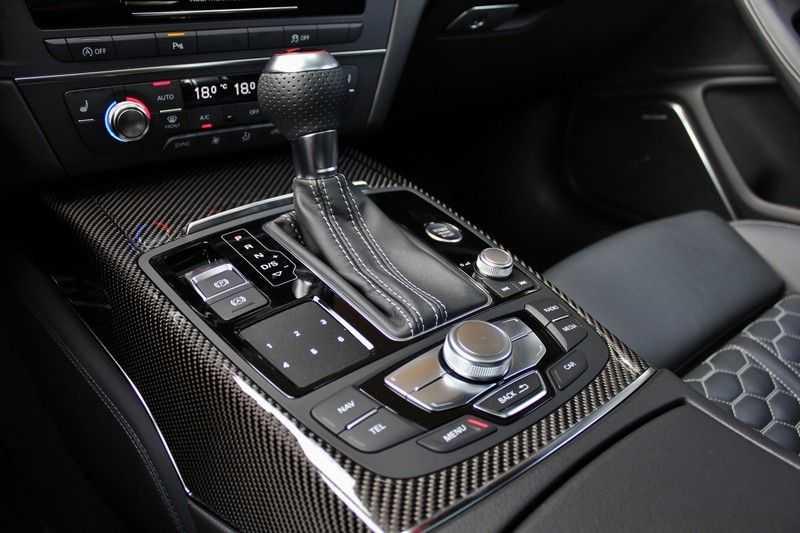 Audi RS6 4.0 V8 560pk Quattro **Carbon in.ext./HUD/Pano.dak/ACC/Bang.Olufsen** afbeelding 4